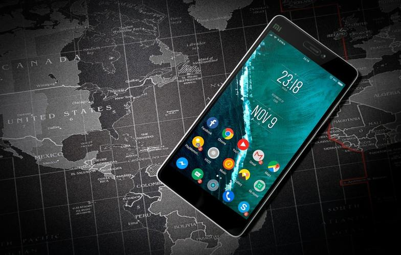 android-mobile-smartphone-with-map-world-image