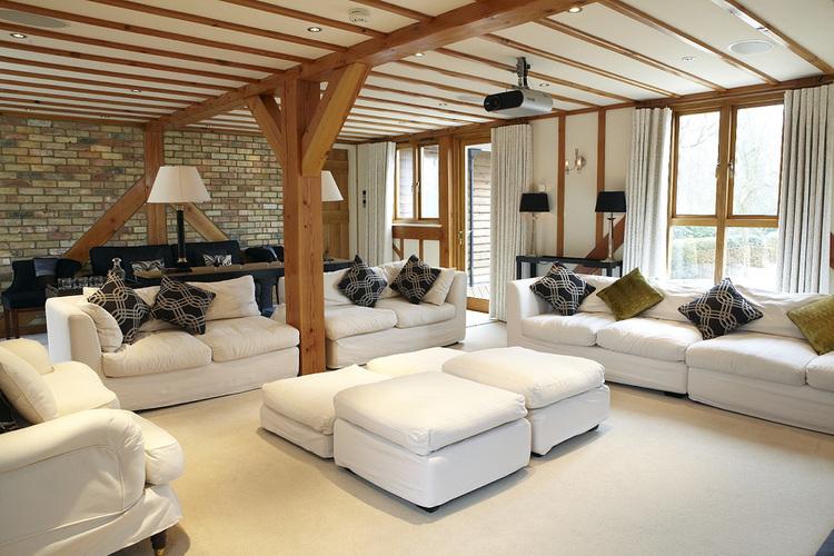 we-got-coders-living-room-area